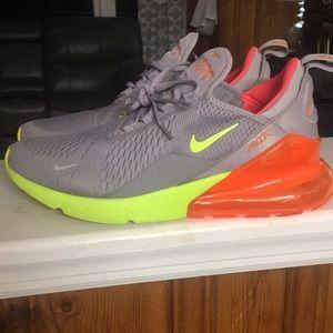 Nike air 270 sneakers